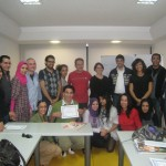 Avec Laurent Tastet et moi, les futures stars de la radio marocaine, le boss de Chada FM et le sourire de Hasna
